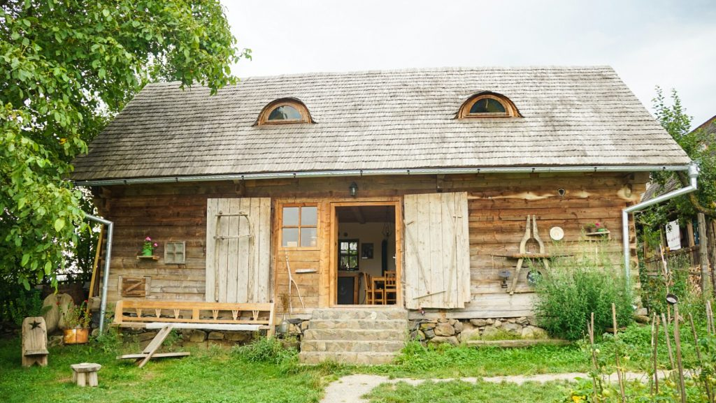 Beautiful Places in Romania - Maramures Hotel