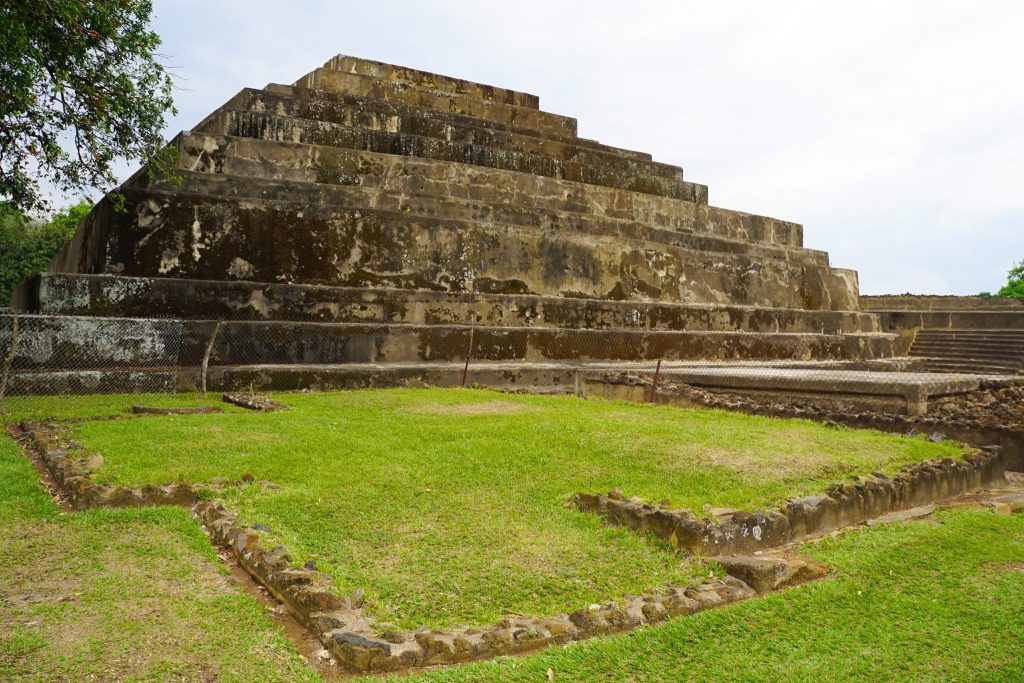 El Salvador's Archeological Route with Bytto.com - Tazumal Ruins